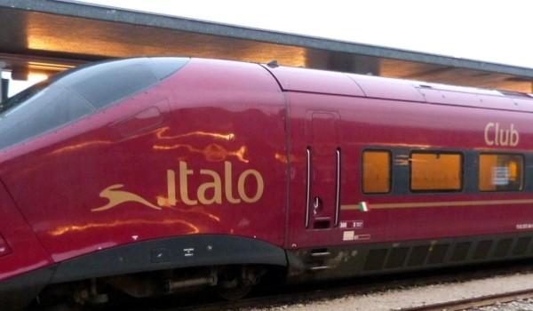 Napoli: Italo cerca hostess e steward a bordo dei treni