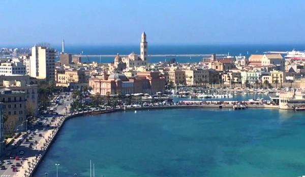 Concorsi in Puglia: lavoro a tempo indeterminato