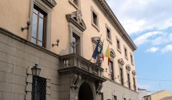 Calabria, concorsi per 24 a lavoro a tempo indeterminato