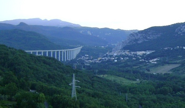 Lavoro Abruzzo: cercasi operai nel Distretto industriale
