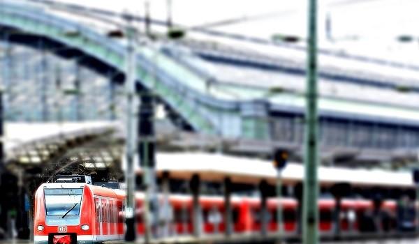Lavoro Campania nelle Ferrovie: cercasi giovani operai