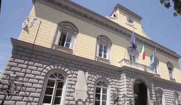 Lavoro Napoli, 4 posti fissi in provincia