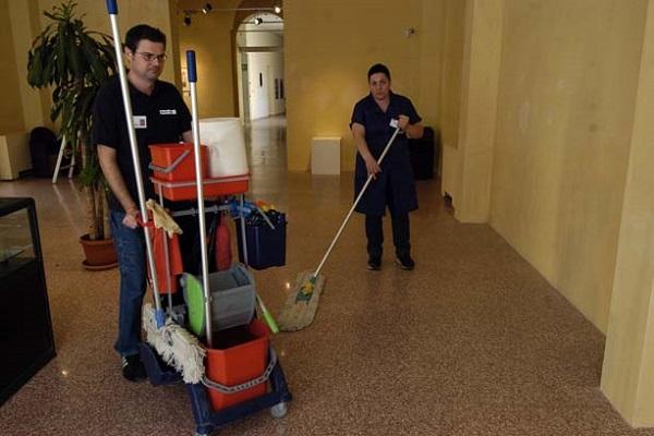 Puglia, cercasi operai per la Multiservizi
