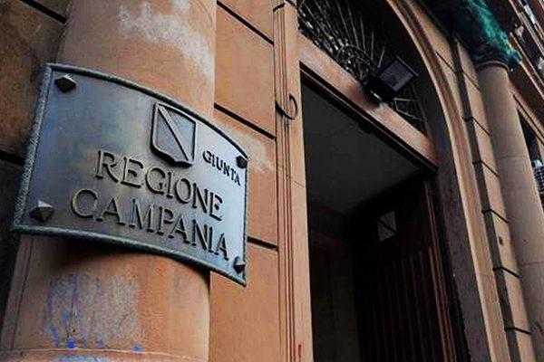 Regione Campania, concorsi per 2175 posti a tempo indeterminato