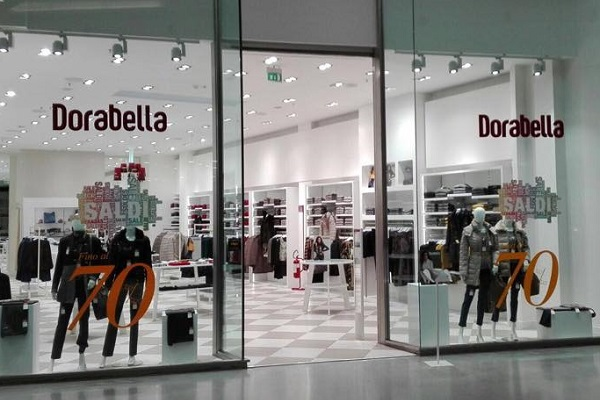 Sicilia, cercasi commessi nei negozi Dorabella