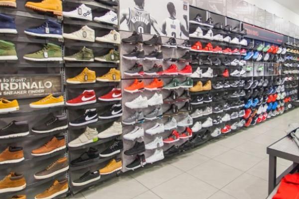 Lavoro in Puglia: personale da Foot Locker in 11 punti vendita