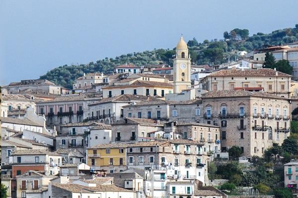 Concorsi in Calabria: ci sono 11 posti a tempo indeterminato