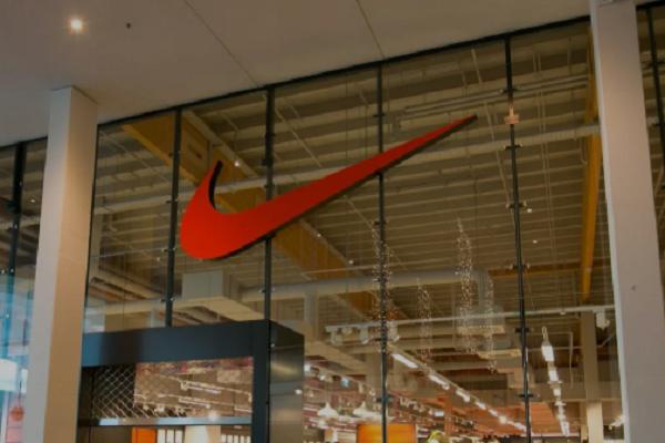 Lavoro Abruzzo: cercasi commessi per la Nike