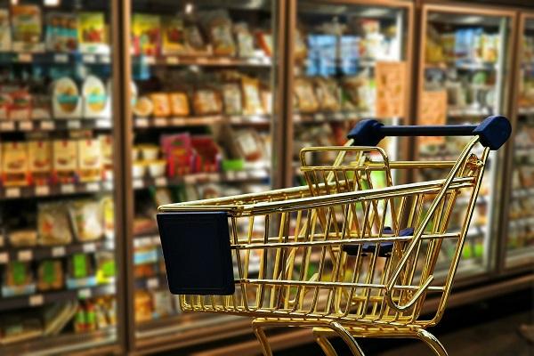 Lavoro Sicilia: cercasi cassieri e repartisti al supemercato