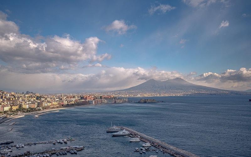 Lavoro Napoli: assunzioni da Unicredit