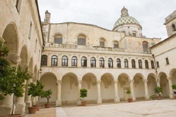 Lavoro Puglia: concorso e posti a tempo indeterminato