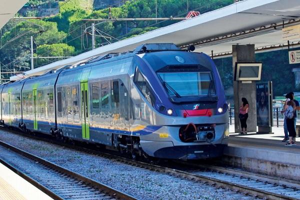 Lavoro Campania: 40 nelle ferrovie a tempo indeterminato