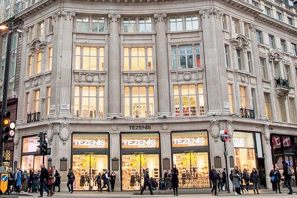 Lavoro Napoli: cercasi commessi nei negozi Tezenis