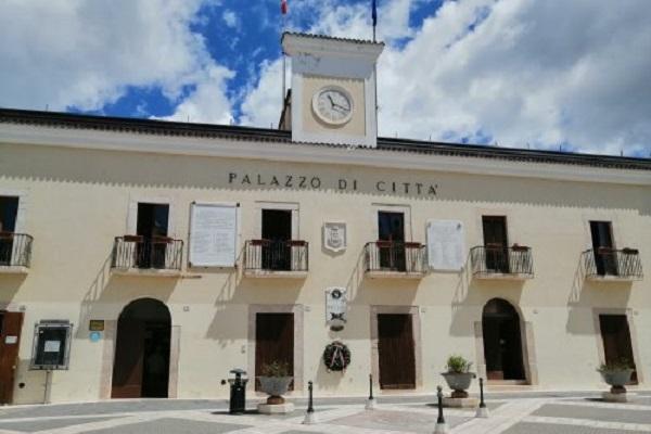Lavoro Puglia, concorso pubblico per 24 posti in Comune