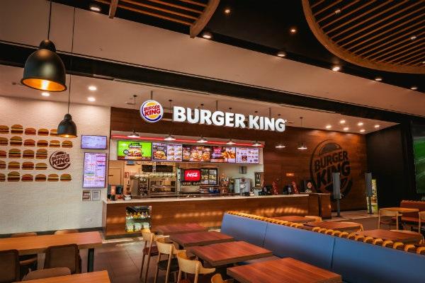 Lavoro Abruzzo: personale da Burger King senza esperienza