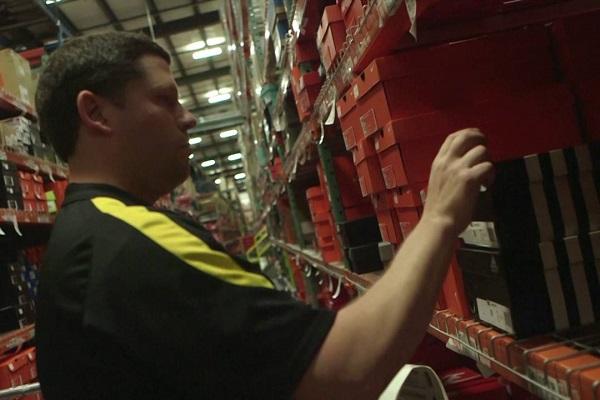 Lavoro Puglia: cercasi personale nei negozi Foot Locker